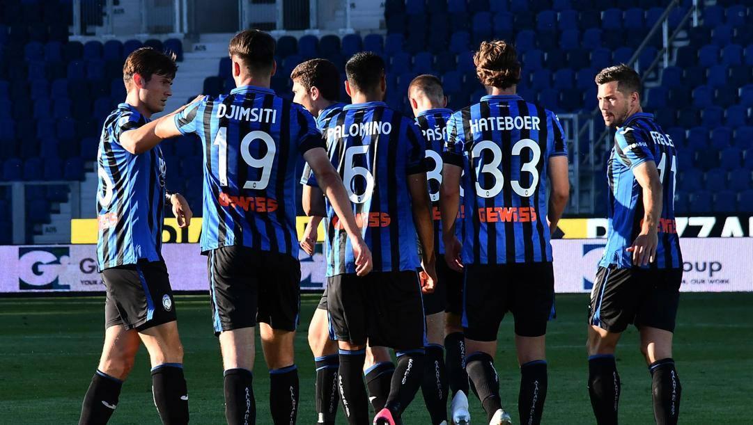 L'esultanza dei calciatori dell'Atalanta ANSA