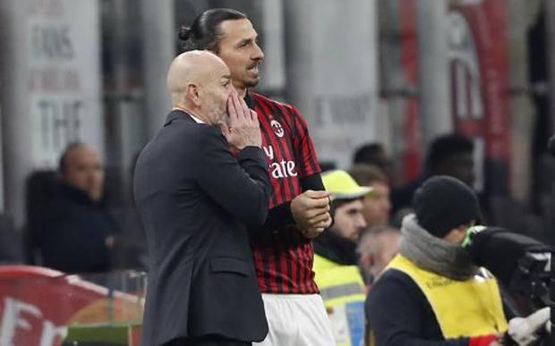 Zlatan Ibrahimovic con Pioli. Ap