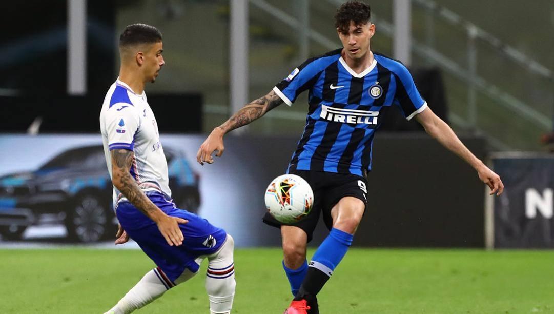 Alessandro Bastoni in azione contro la Sampdoria. Getty