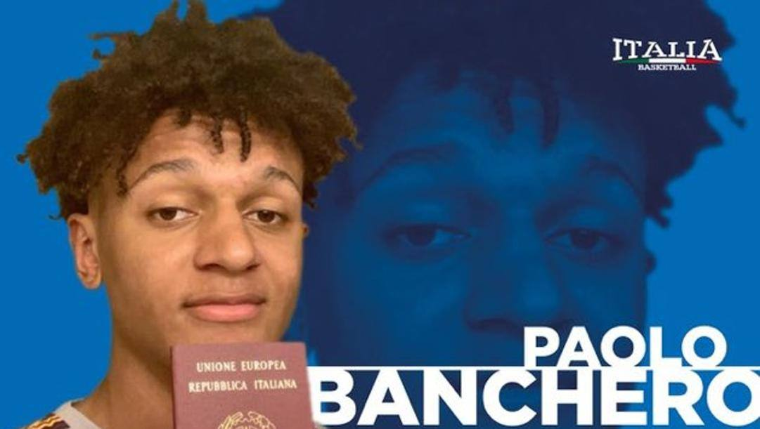 Paolo Banchero, 17 anni, nella foto postata su Twitter dalla Federbasket