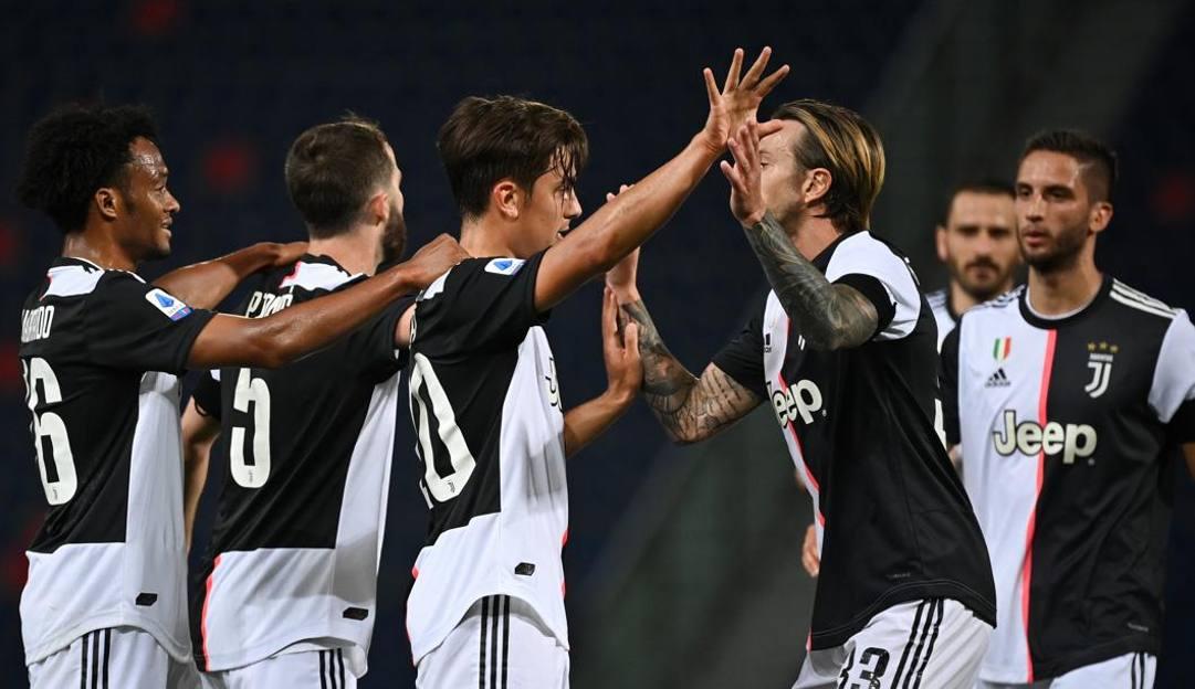 Dybala esulta dopo il 2-0 a Bologna. LaPresse