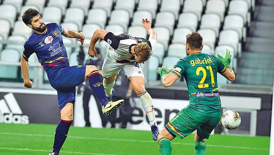 Il gol di De Ligt contro il Lecce. Ipp