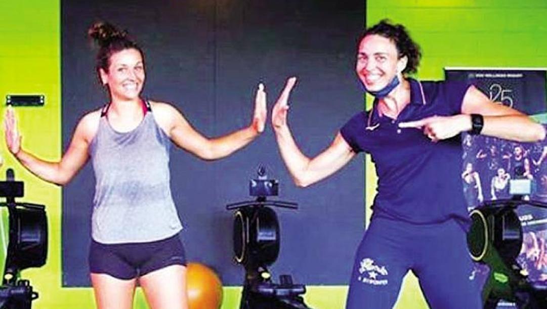 La preparatrice di Firenze Nadia Centoni, 39 anni (a destra) con Carlotta Cambi, 24, regista delle toscane
