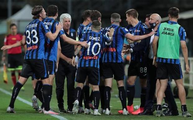 L'Atalanta festeggia la vittoria con la Samp. Getty
