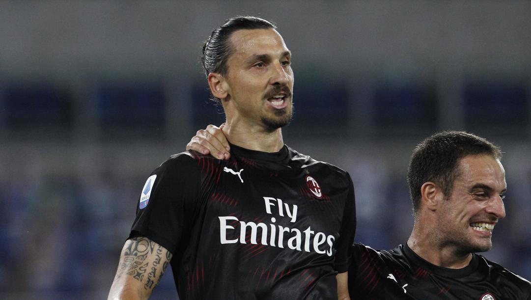 Zlatan Ibrahimovic, 38 anni, con Bonaventura.