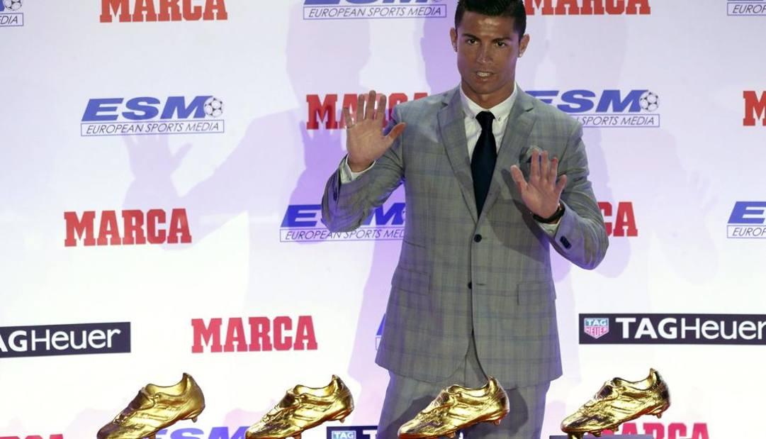 Cristiano con le sue quattro Scarpe d'Oro