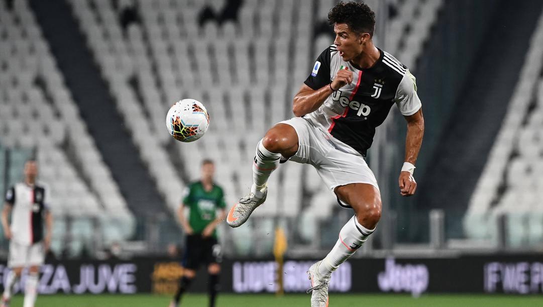 Ronaldo contro l'Atalanta. Afp