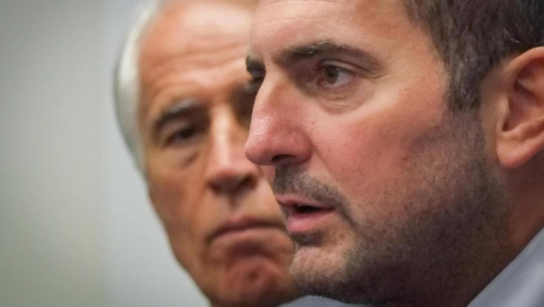 Il ministro dello Sport Vincenzo Spadafora e dietro di lui il presidente del Coni Giovanni Malagò. Ansa