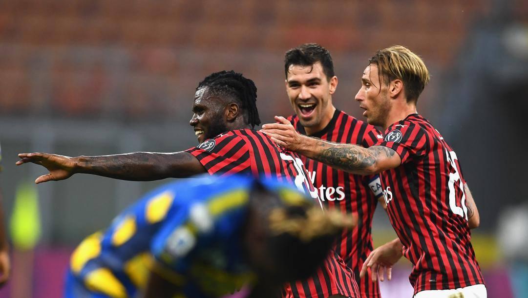 Franck Kessie festeggia il fantastico gol del pareggio rossonero. Getty