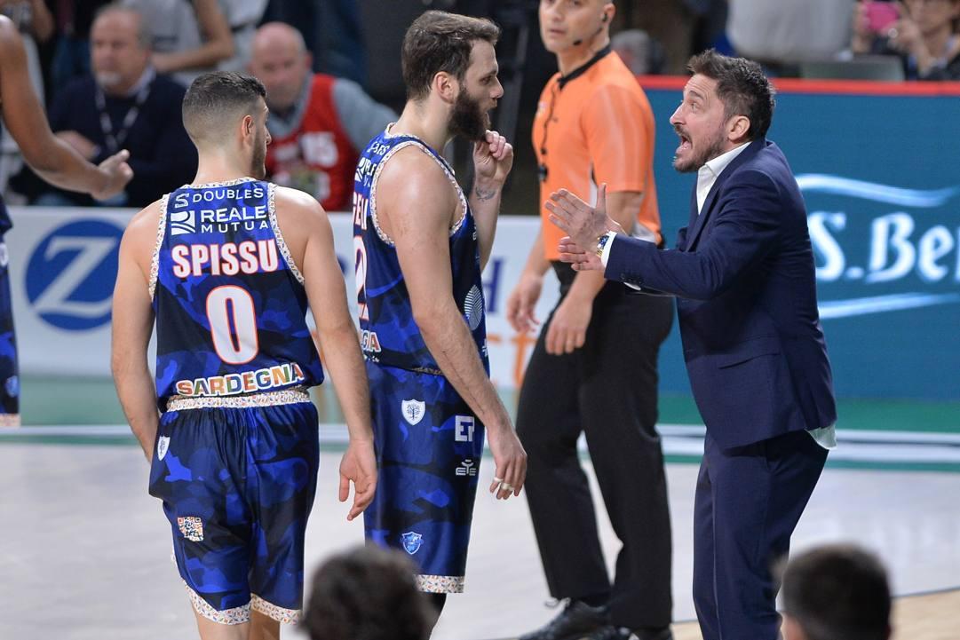 Gianmarco Pozzecco coach di Sassari CIAM/CAST