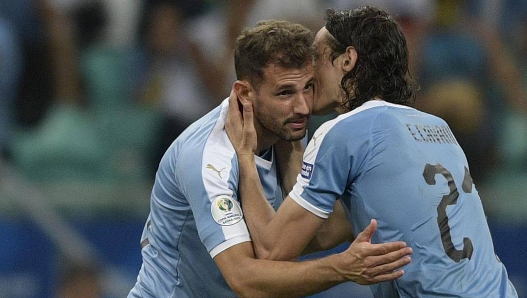 Cristhian Stuani ed Edinson Cavani con l'Uruguay. Afp