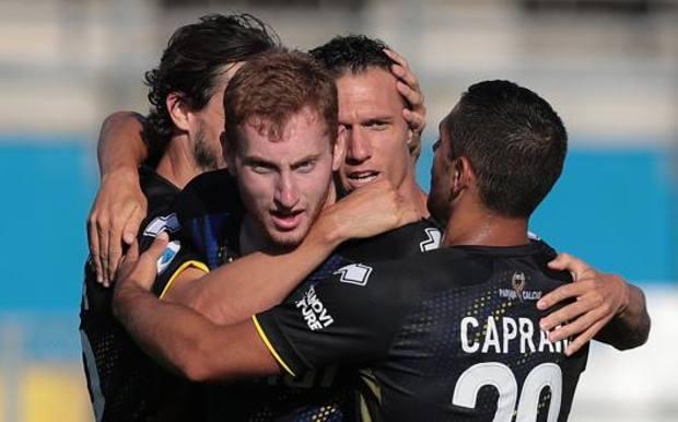 L'esultanza dei giocatori del Parma. Getty Images