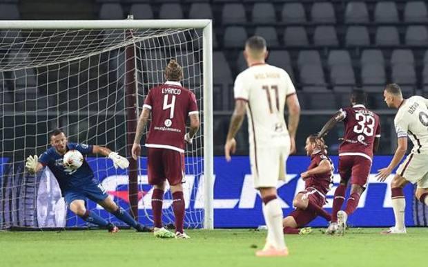 Il gol di Dzeko per il momentaneo 1-1. Ansa