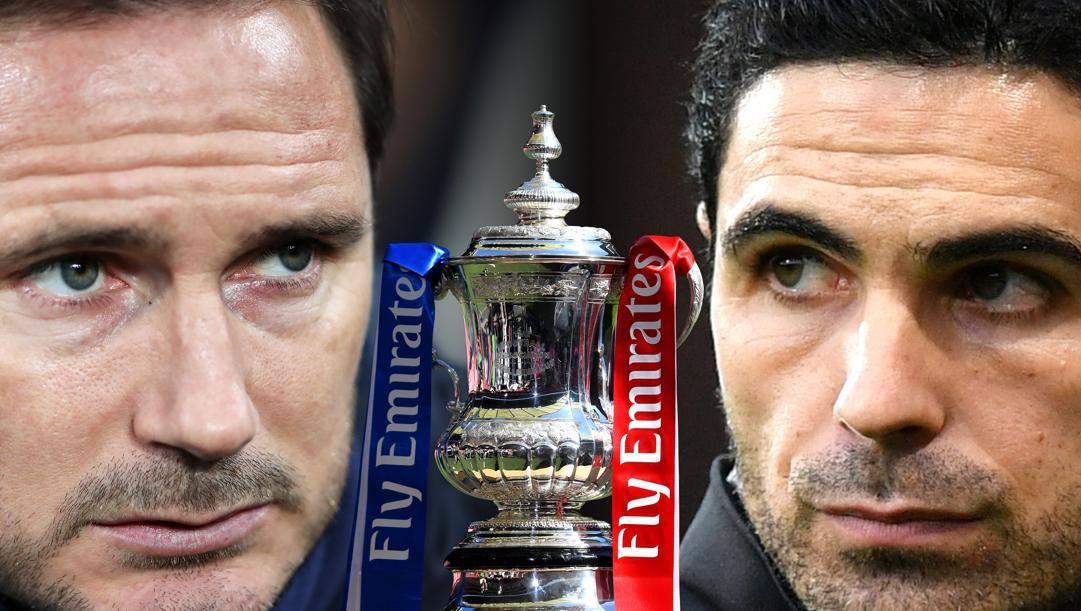Frank Lampard, tecnico del Chelsea, e Mikel Arteta, allenatore del'Arsenal: in mezzo, la F.A. Cup che si contendono oggi. Getty