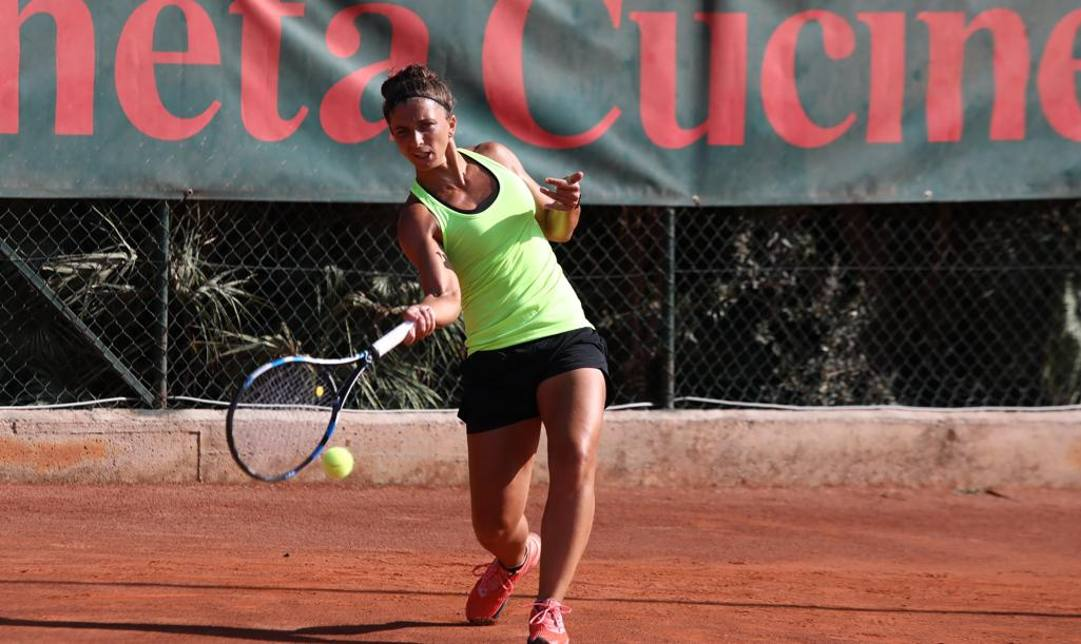 Tennis / Palermo Open: eliminate le teste di serie Vondrousova e Mertens