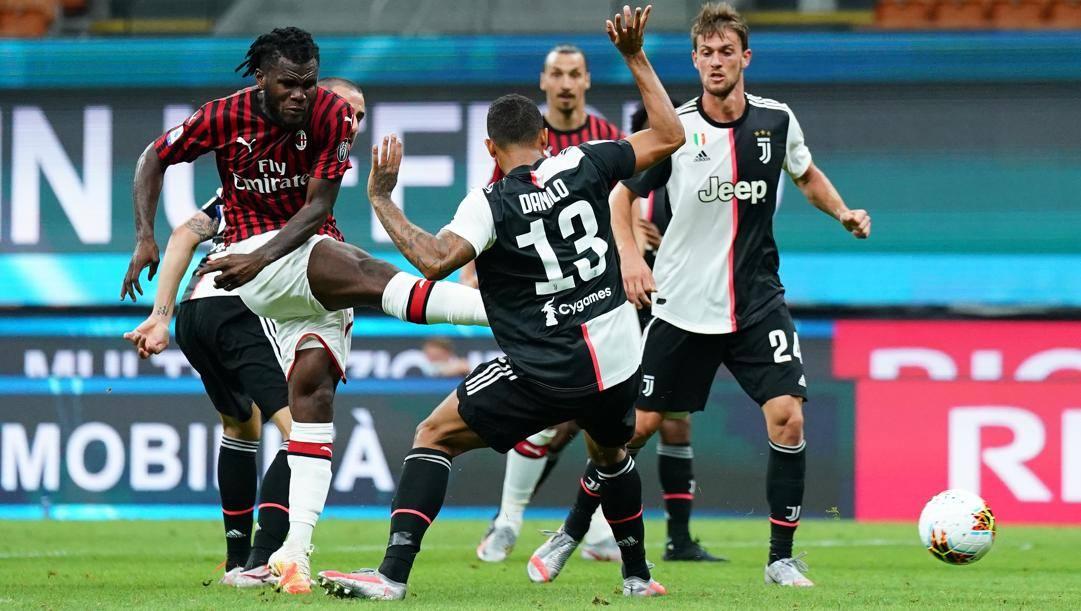 Franck Kessie in azione contro la Juve. LaPresse