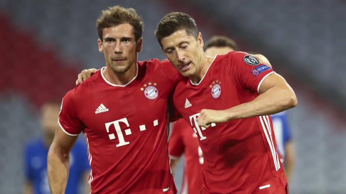 Super Lewandowski, il Bayern piega il Chelsea 4-1 e vola ai quarti