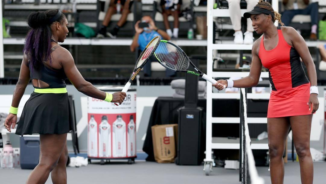 Serena Williams e Venus. Afp