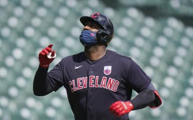 Frammil Reyes dopo il fuoricampo da 1 punto al settimo inning contro Detroit. Ap