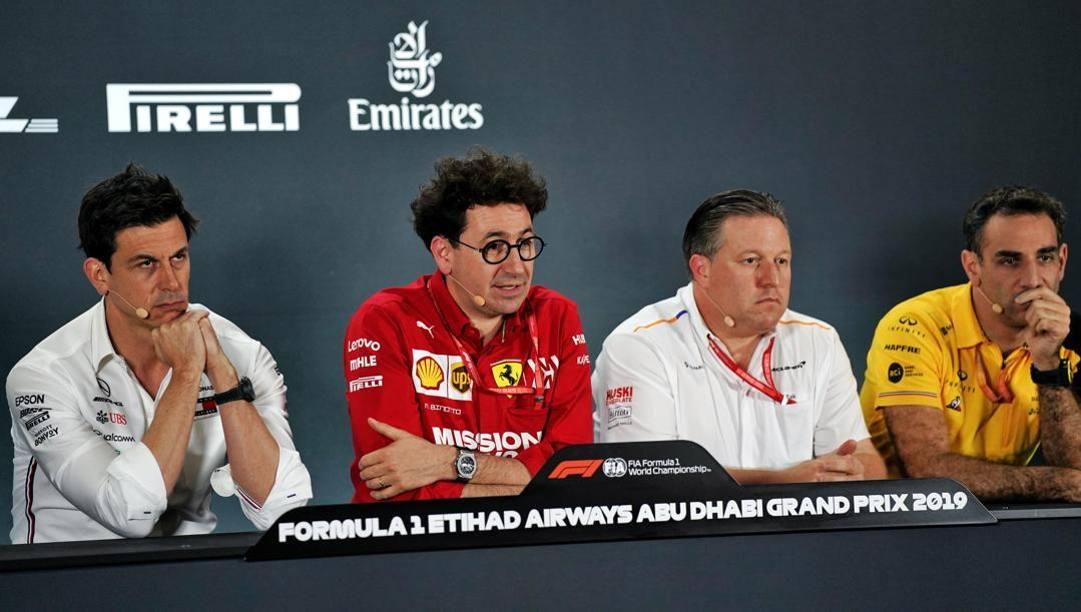 Toto Wolff (Mercedes), Mattia Binotto (Ferrari), Zak Brown (McLaren) e Cyril Abiteboul (Renault). Lapresse