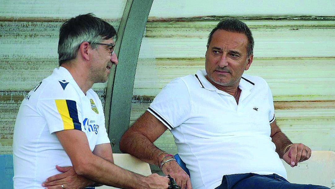 Ivan Juric, 44 anni (a sinistra), allenatore del Verona assieme a Maurizio Setti, 57, presidente. Grigolini
