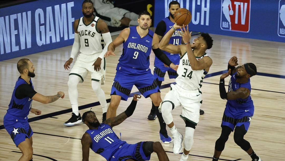 Giannis Antetokounmpo, ala greca dei Milwaukee Bucks. Epa