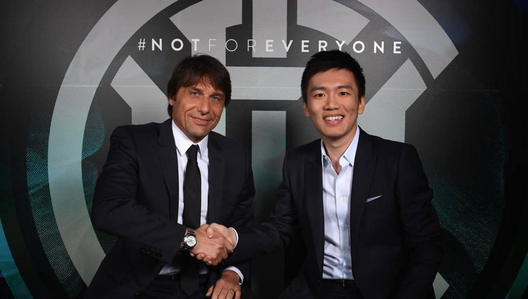 Antonio Conte e il presidente dell'Inter, Steven Zhang. Getty