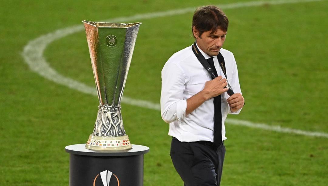 Niente Europa League per Antonio Conte. Epa