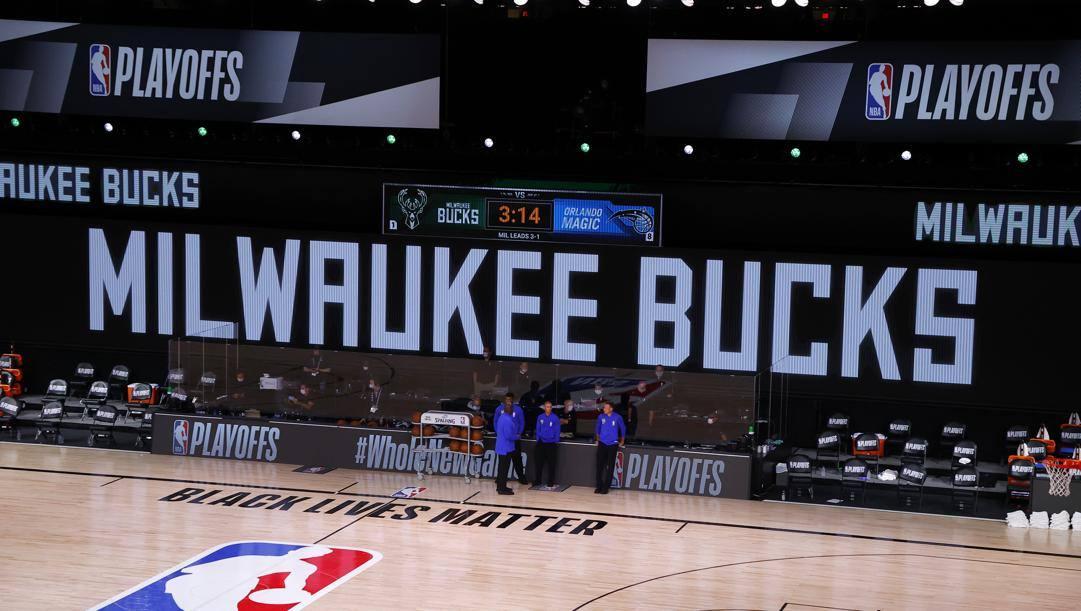 I Milwaukee Bucks sono stati la prima squadra a lanciare la protesta. Ap