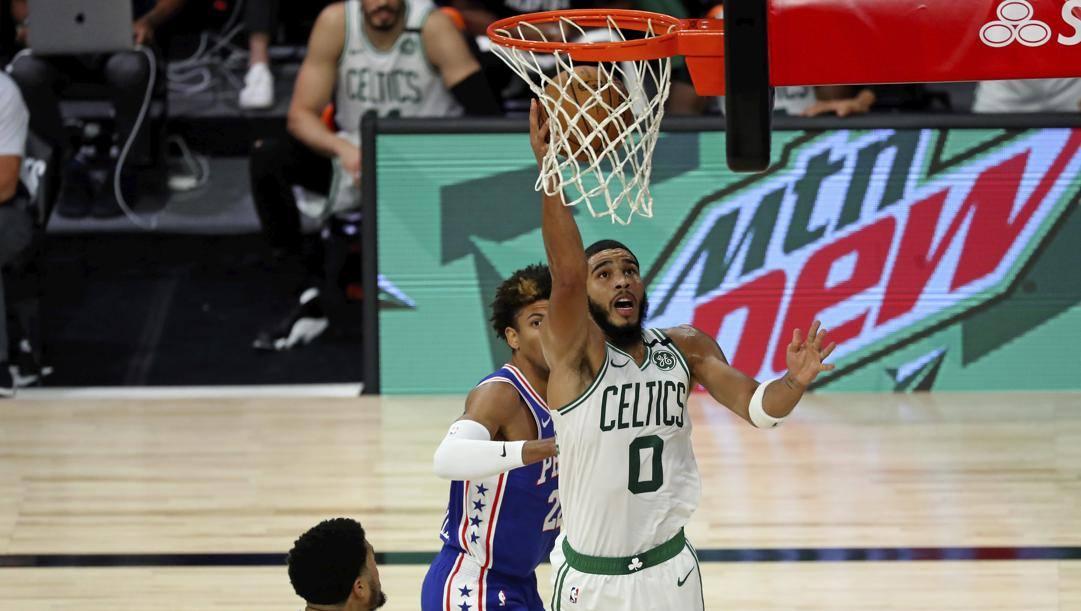 Jayson Tatum, ala dei Celtics, contro i Sixers al 1° turno. Ap