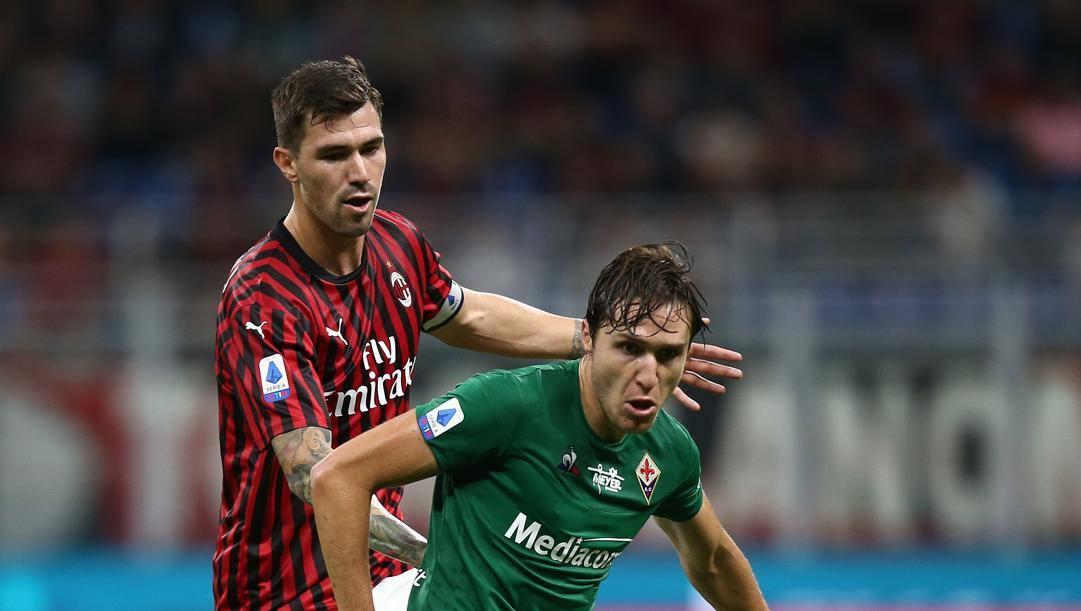 Federico Chiesa, 22 anni, marcato da Alessio Romagnoli. Lapresse