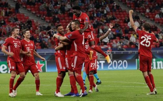 Festa bavarese al gol di Javi-Martinez. Afp