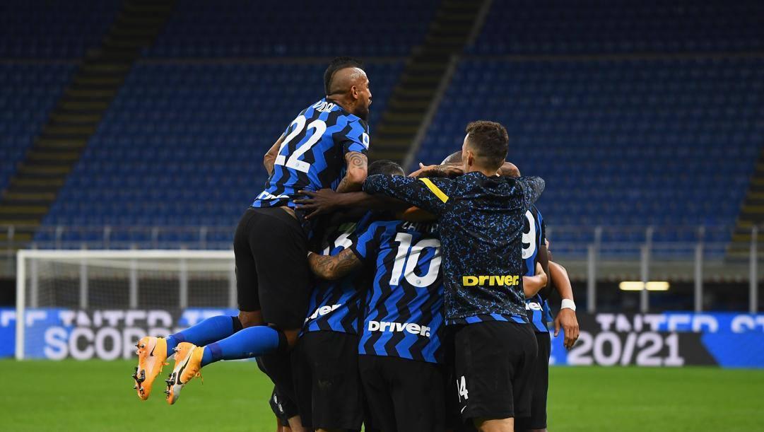 L'Inter festeggia la pazza rimonta sui viola. Getty