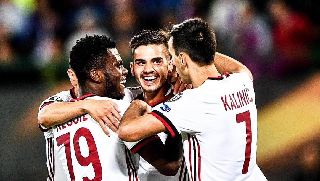 Franck Kessie, André Silva e Nikola Kalinic: solo l'ivoriano è rimasto al Milan. Epa
