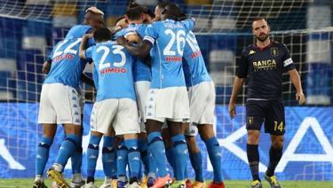 Napoli Genoa 6 0 Segna Anche Politano La Diretta La Gazzetta Dello Sport