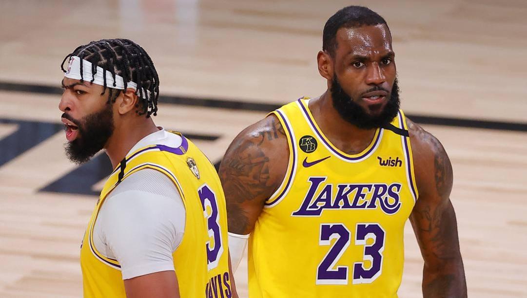 Anthony Davis, 27 anni, e LeBron James, 35. Ap