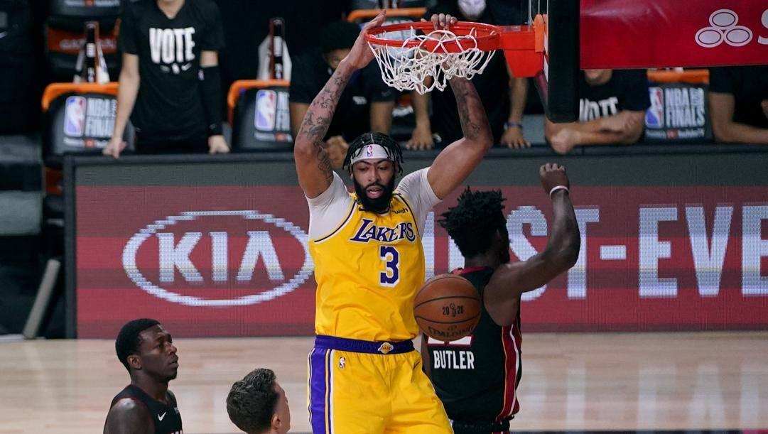 Anthony Davis, 27 anni, ha esordito alle Finals con 34 punti in gara-1, la terza miglior prestazione di sempre per un debuttante Lakers. LaPresse
