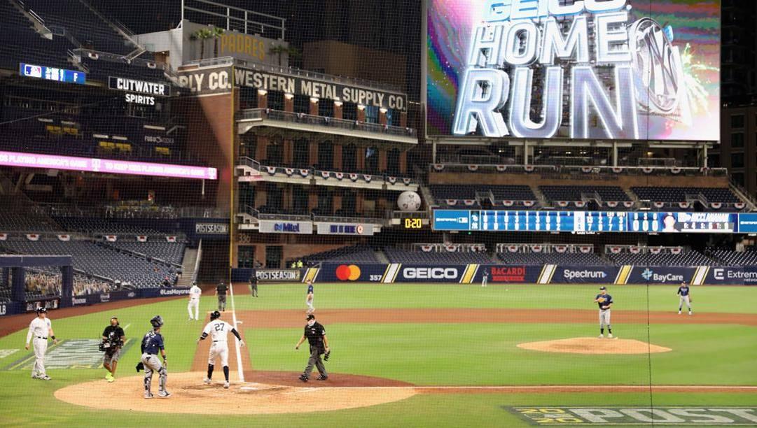 Un'immagine di gara-2 tra Tampa e Yankees. Afp