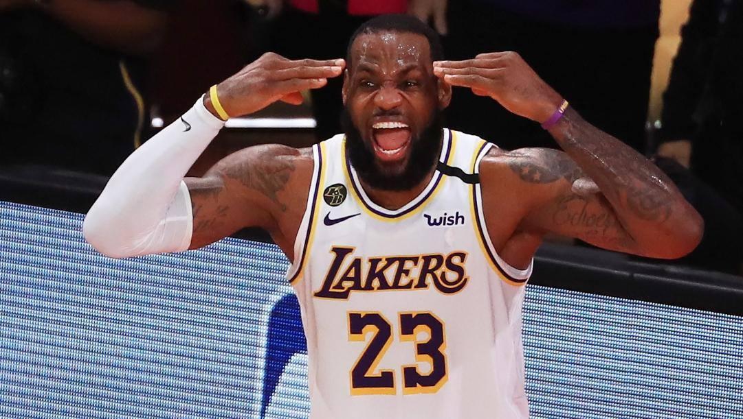 LeBron James, 35 anni, ha vinto 4 anelli in carriera tutti da mvp delle Finals. Afp