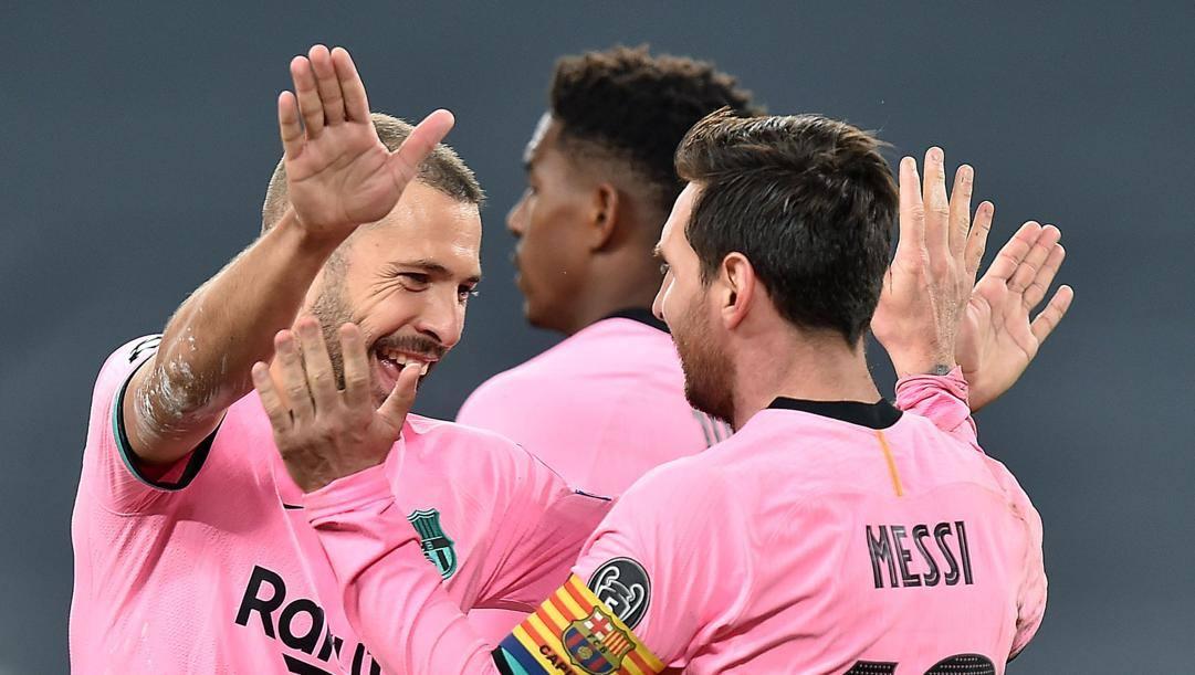 Leo Messi festeggia la rete del raddoppio catalano. Ansa
