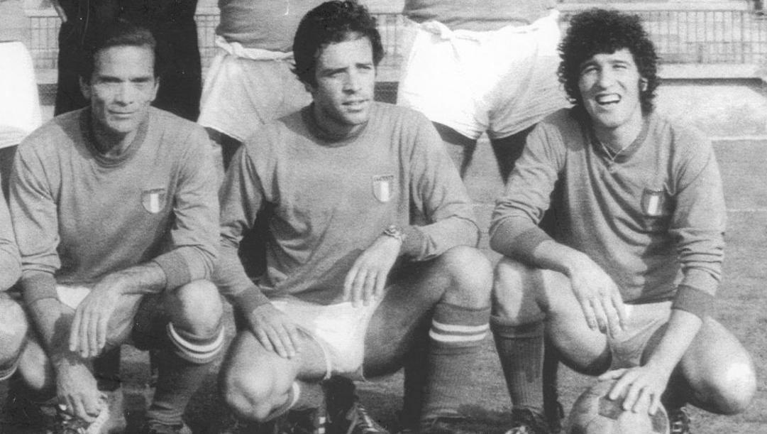 Da sinistra Pier Paolo Pasolini con gli attori Enrico Montesano e Ninetto Davoli
