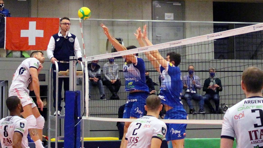 Una fase di Trento-Amriswil vinta dal club italiano