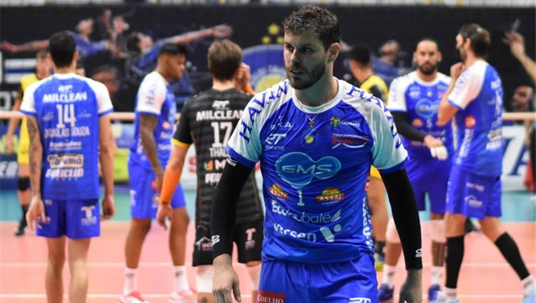 Il brasiliano Bruno con la maglia del Taubate
