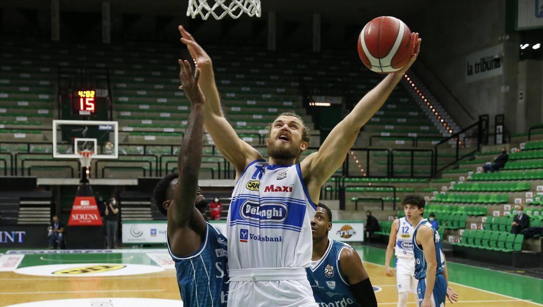 Matteo Chillo, 27 anni, 16 punti contro Cantù CIAMILLO