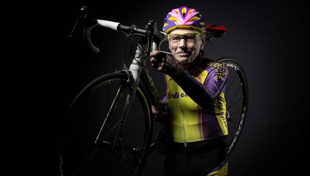 Un'intensa immagine di Robert Marchand, 109 anni. Afp