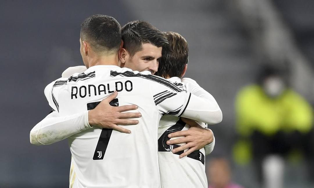 Un abbraccio tra Morata e Ronaldo. Getty