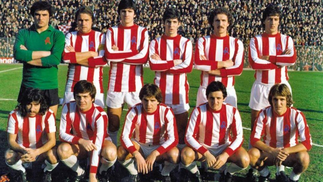 Vicenza 1977-78: Roberto Filippi è il primo in basso a sinistra; Paolo Rossi, invece, il terzo in piedi da destra