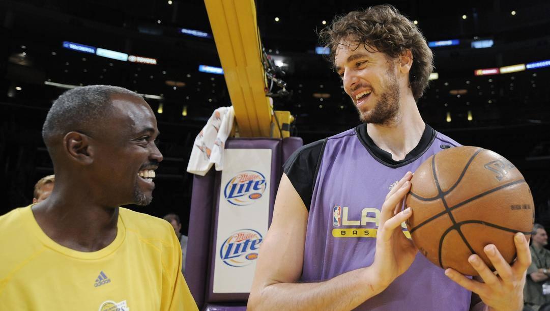 Craig Hodges ai Lakers con Pau Gasol. Ap