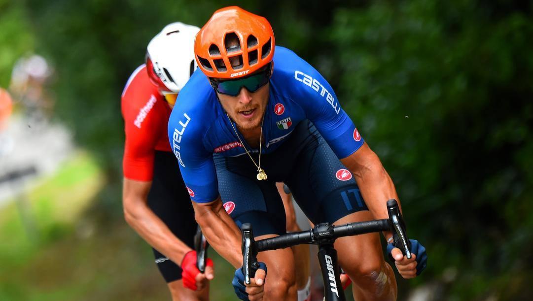 Matteo Trentin, 31 anni, con la maglia della Nazionale: nel 2019 ha vinto l'argento nel Mondiale su strada disputato ad Harrogate nel Regno Unito. Bettini