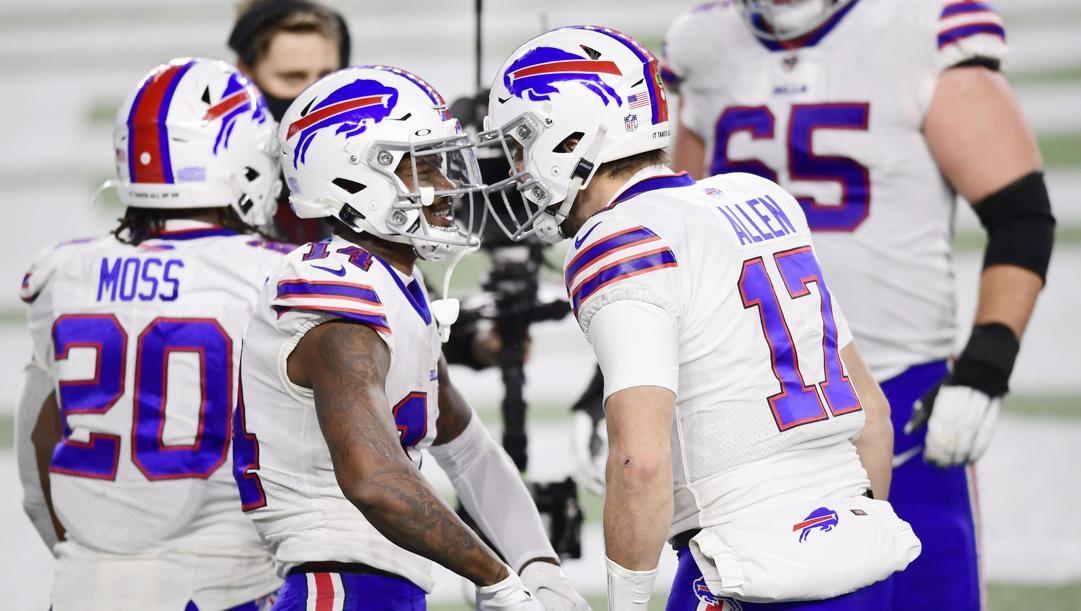 Stefon Diggs e Josh Allen, ricevitore e quarterback dei Buffalo Billls. Afp